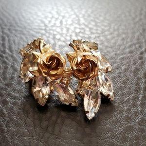VTG Weiss clip on earrings